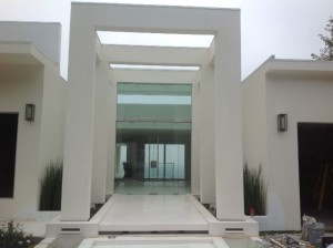 glass entry1